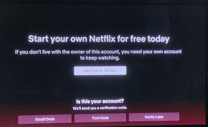 Netflix account delen: code invoeren voor bevestigen eigenaar account.