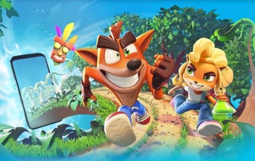 Crash Bandicoot: On the Run artwork.