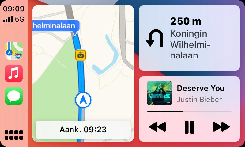CarPlay Dashboard met flitspaal in Nederland.