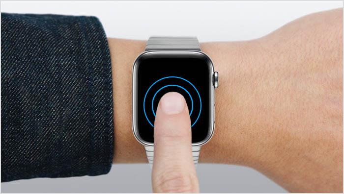 Apple Watch vinger op scherm leggen