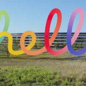 Spring Loaded: Tim Cook met Hello-logo