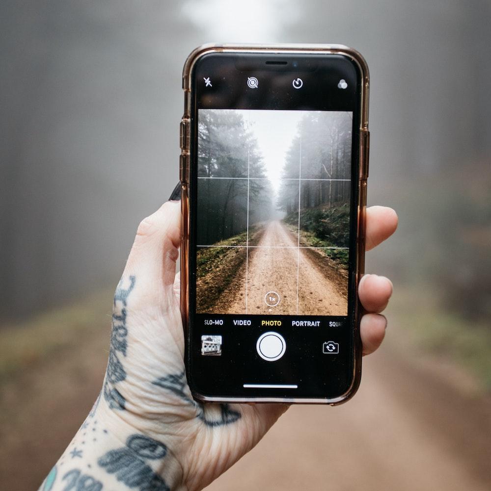 fotograferen-met-iphone-in-bos