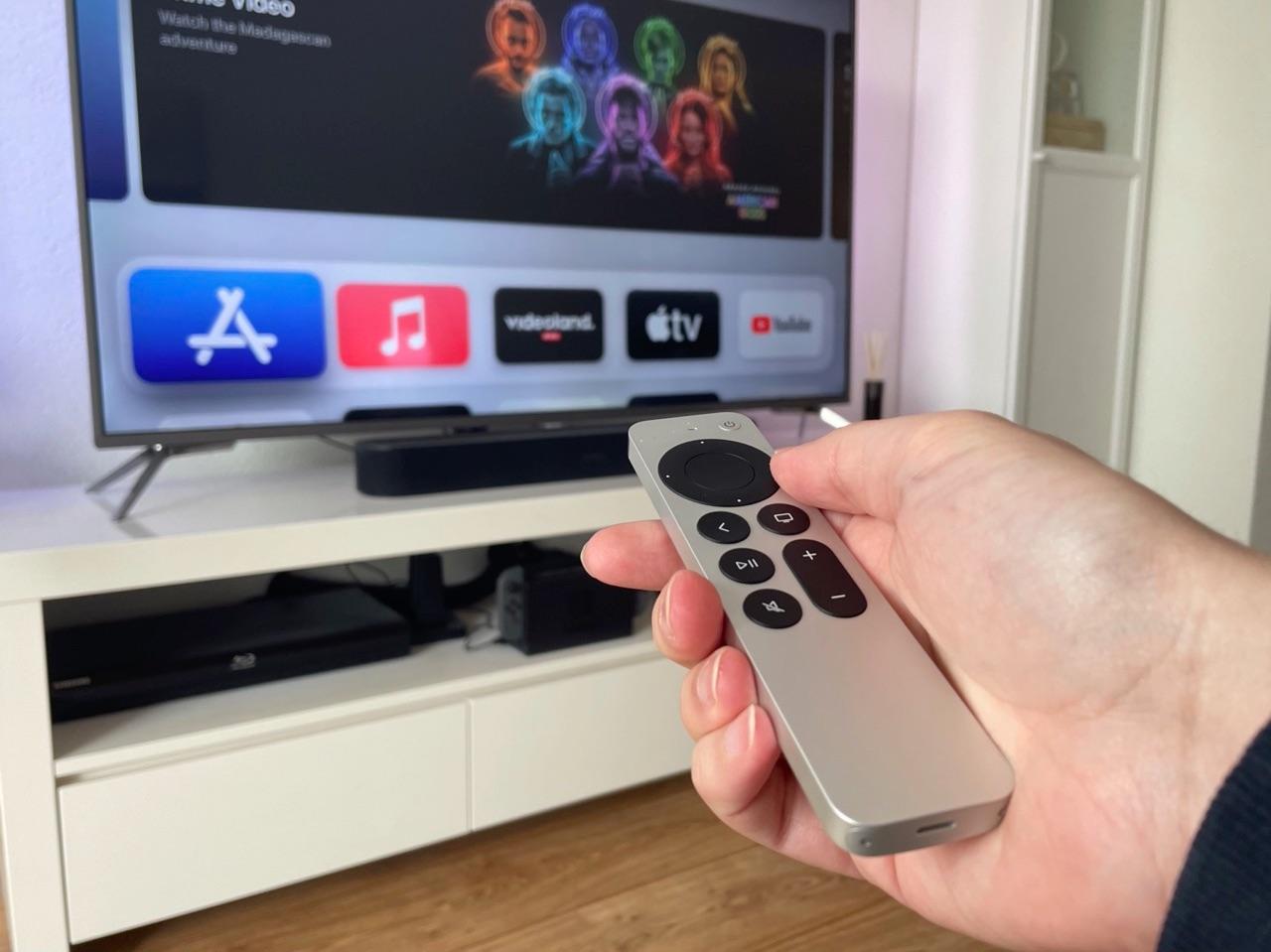 Zappen met Siri Remote 2021.