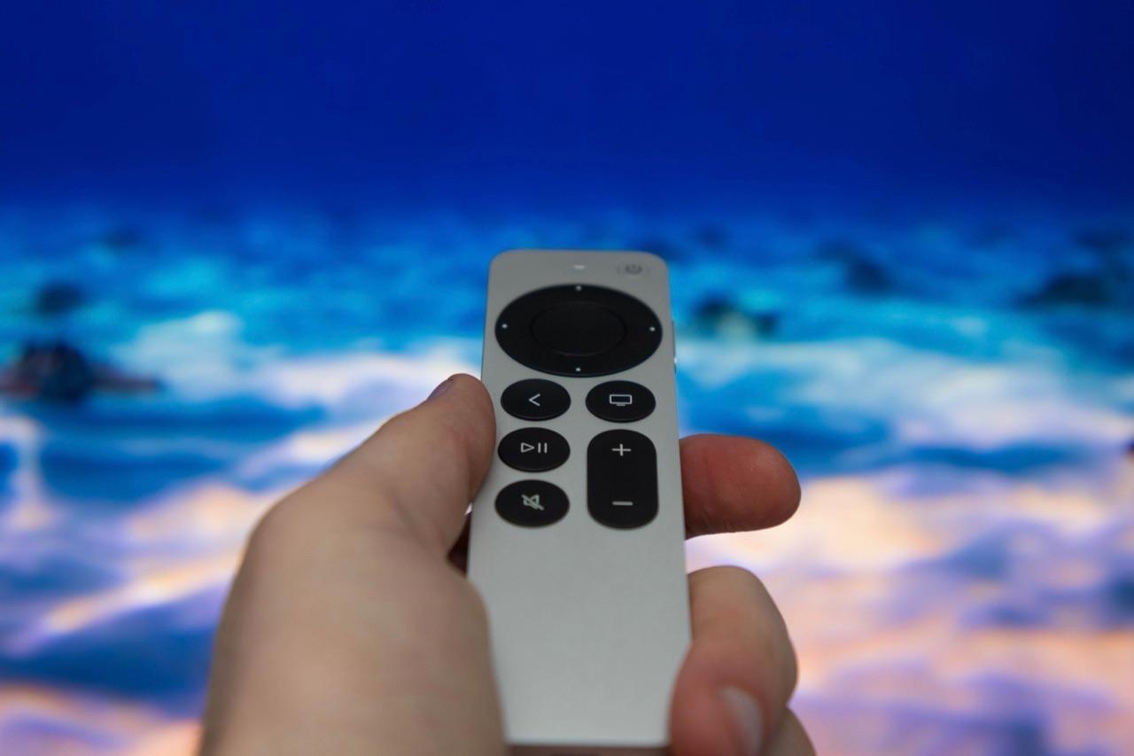 Siri Remote in hand 2