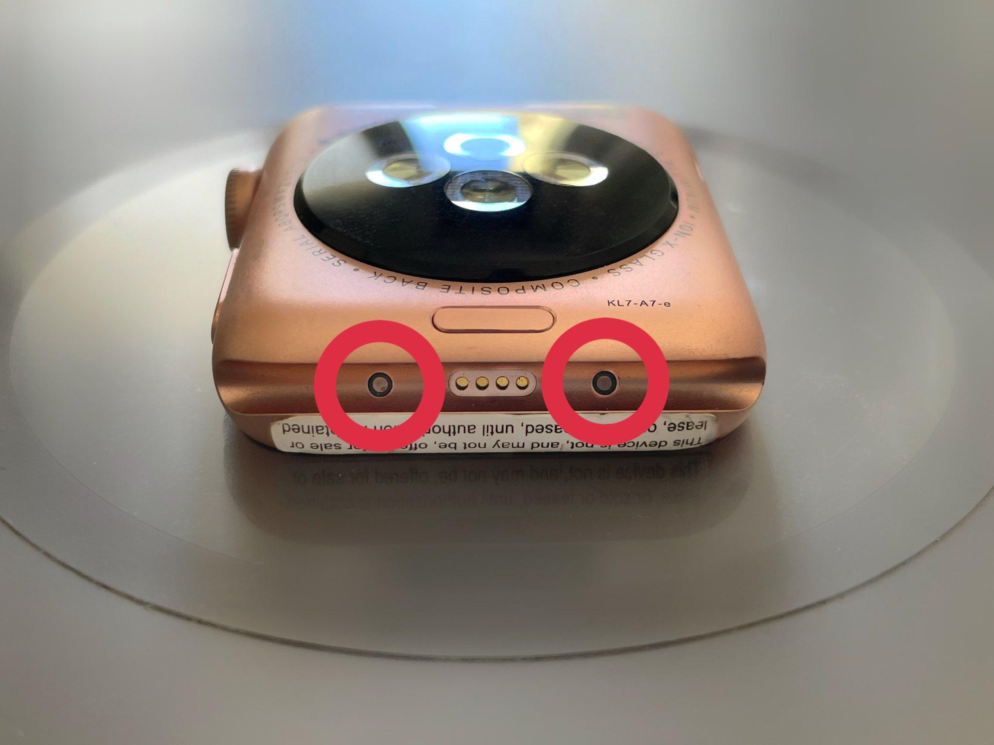 Apple Watch Series 3 prototype met Smart Connector.