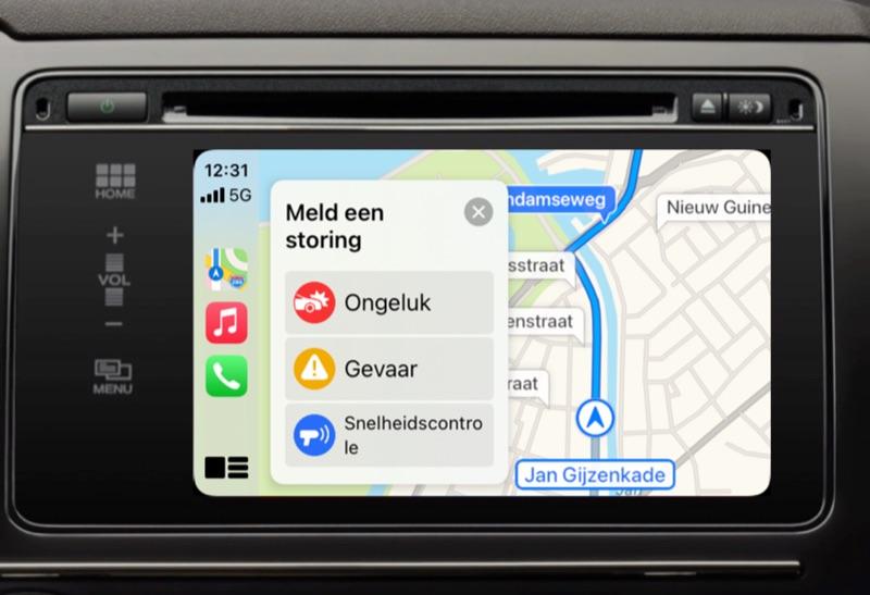 Storing melden in Apple Kaarten via CarPlay.