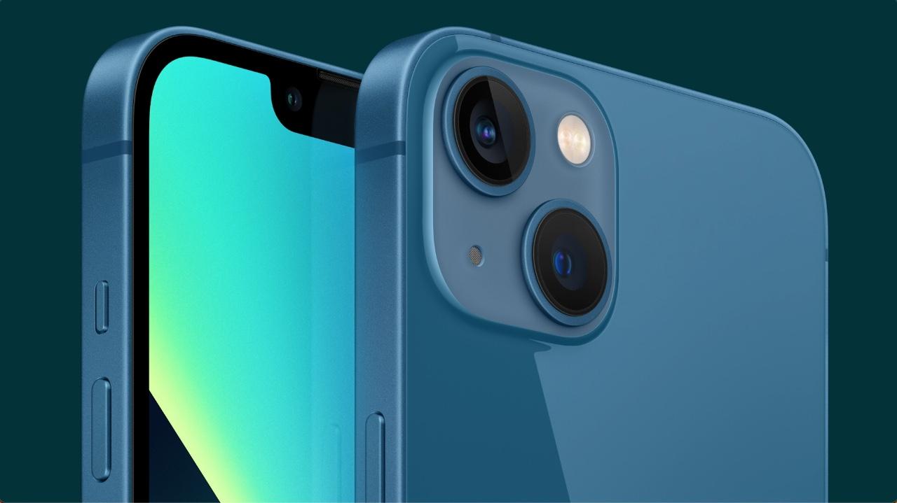 iPhone 13 blauw