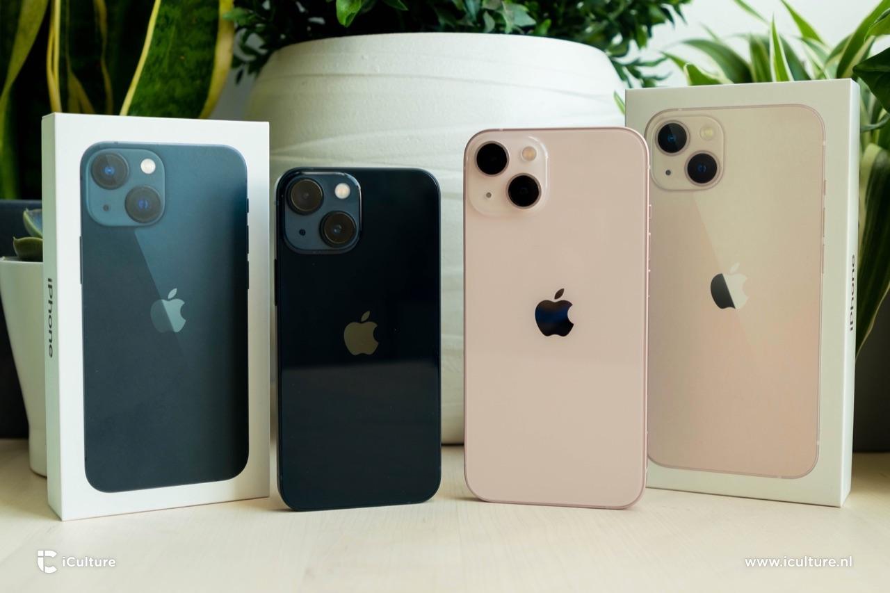 iPhone 13 en iPhone 13 mini met verpakking.