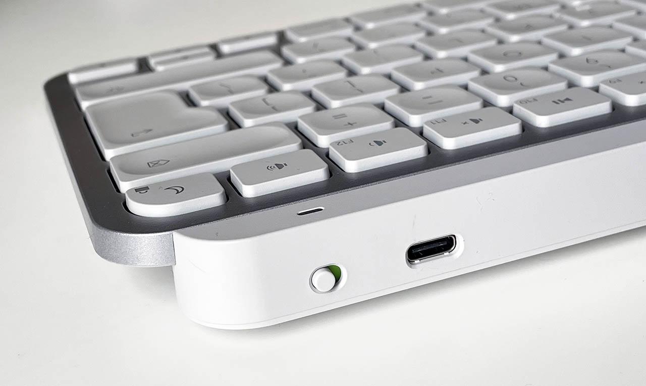 Logitech MX Keys Mini achterkant