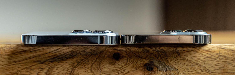 iPhone 12 Pro en iPhone 13 Pro bovenkant, met camerabult