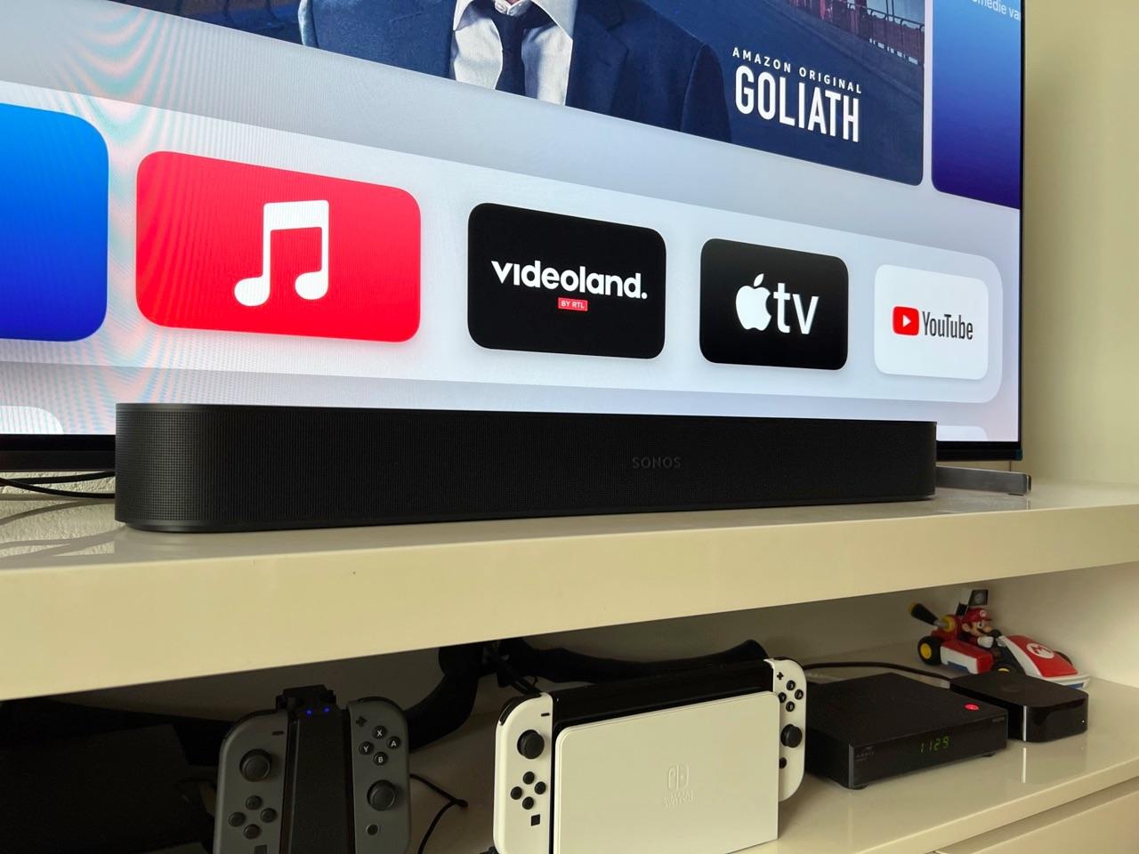 Sonos Beam 2 review: bij een televisie.